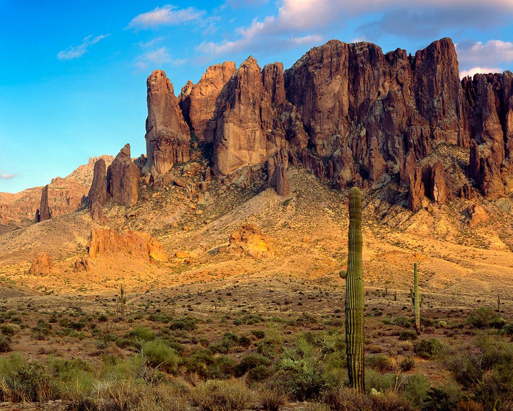 SUPERSTITIONS Arizona